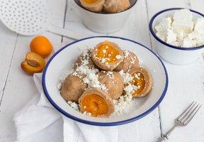 Tvarohové knedlíky s meruňkami