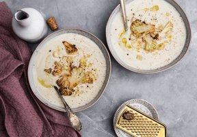 Květáková polévka s kokosovým mlékem