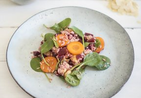 Rýžový salát se sladkokyselou zálivkou a řepou