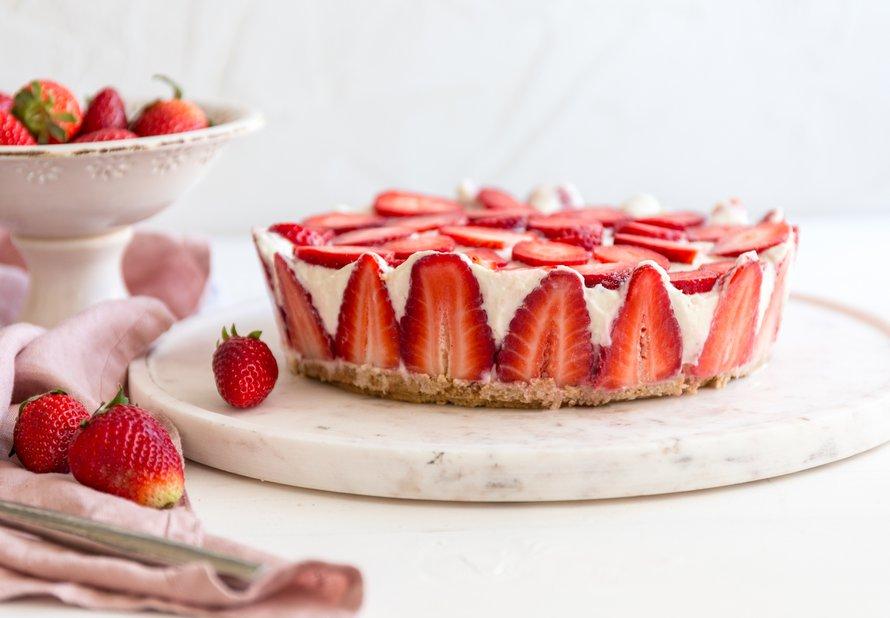 Tvarohový dort s jahodami