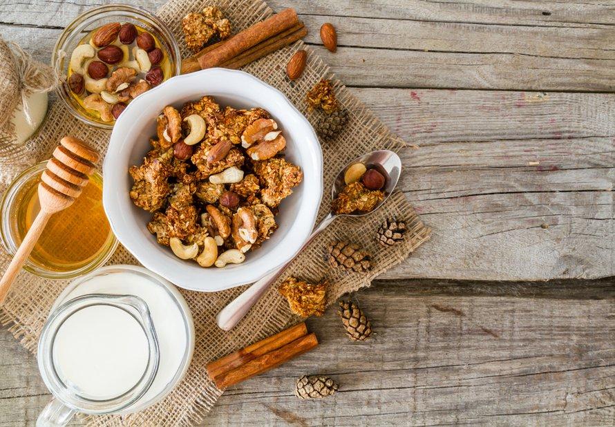 Granola s ořechy